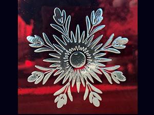 Carreaux de couleurs en verre gravé