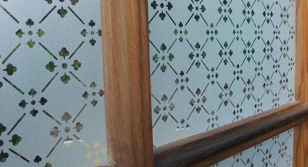 Vitres anciennes for Densite du verre a vitre