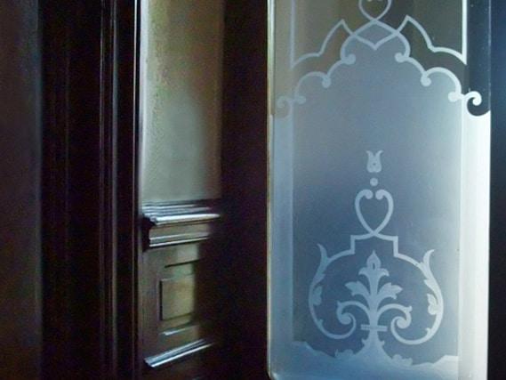 D cors grav s par acide les verres vitres anciens for Densite du verre a vitre