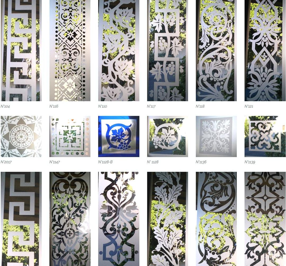 Frise et carreau d'angle de portes anciennes