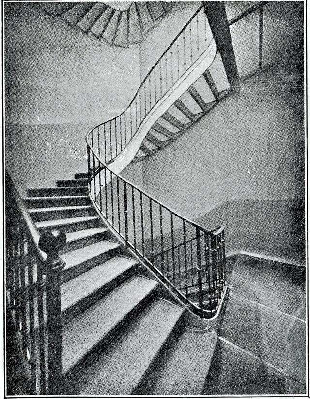 Escalier en verre arme