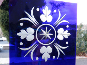 carreau de verre bleu a motif